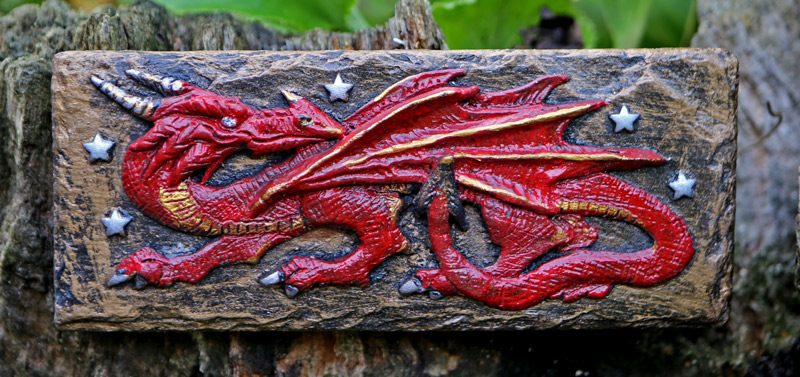 welsh-dragon-hand-made-plaque
