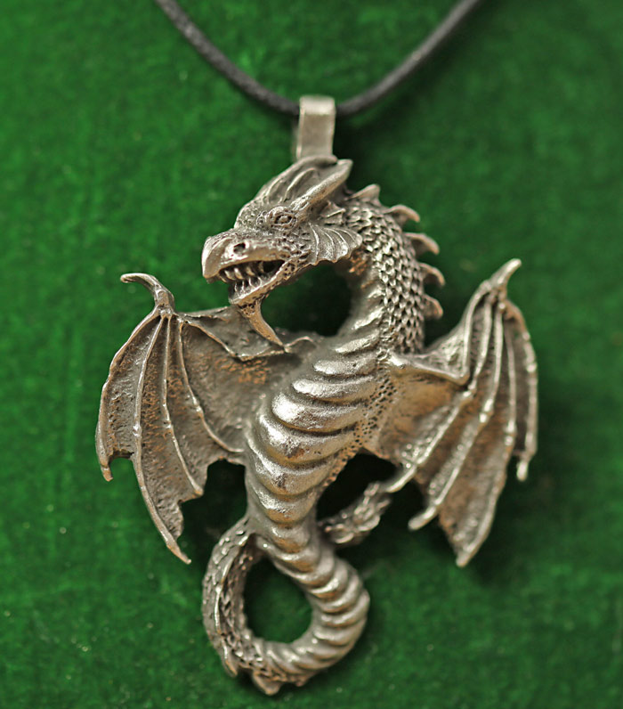 ddraig-dragon-pendant