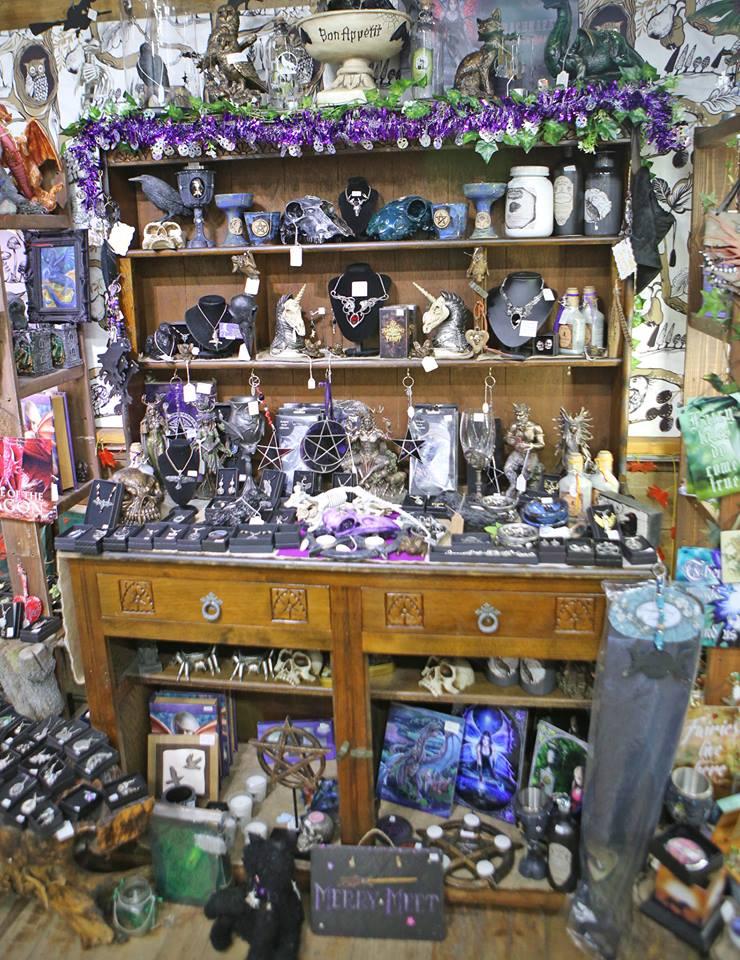 cabinet-at-green-man-shop
