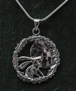 moon-gazing-hare-silver-pendant