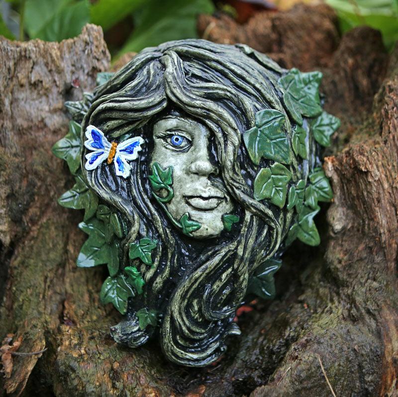 lenora-green-lady-sculpture-by-kathleen-minton