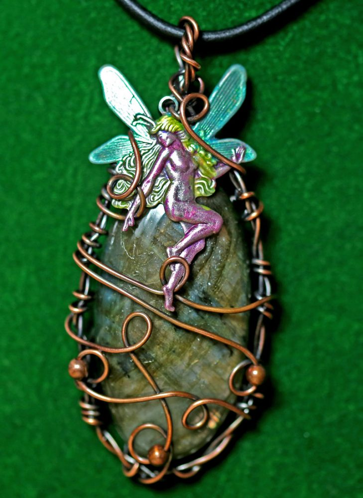 fairy-magic-pendant