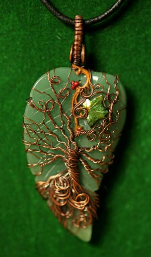 ivy-spirit-necklace