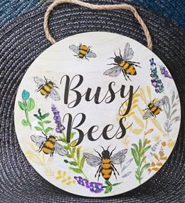 busy-bee-wall-plaque