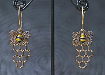 honeycomb-bee-earrings